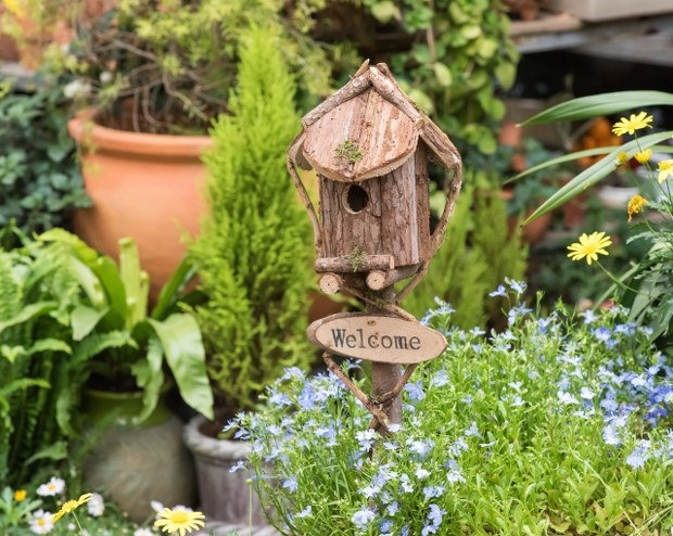 recycled wood birdhouse