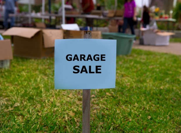 garage sale after home clearance