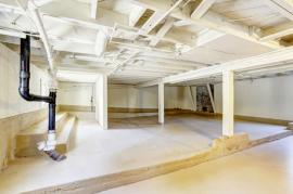 How to Keep Your Basement in Enfield Clear Of Junk